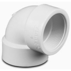 Codo 90° de PVC Roscado